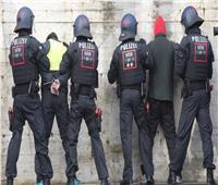 الشرطة الألمانية تعتقل شابًا سوريًا يُشتبه أنه قتل سائحًا
