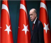 أردوغان يرفع راتبه لـ88 ألف ليرة.. ويطالب الأتراك بالصبر