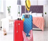 مضيفة طيران تقدم نصائح بسيطة لترتيب حقائب السفر.. فيديو