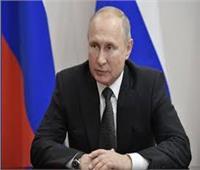 """بوتين يتوقع أن تصل مبيعات لقاح """"سبوتنيك"""" 100 مليار دولار سنويا"""