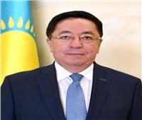 سفير كازاخستان بالقاهرة يبحث مع جمعية «رجال الأعمال المصريين» تعزيز التعاون الثنائي