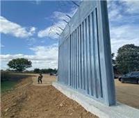 اليونان تبدأ بناء جدار حديدي على الحدود مع تركيا