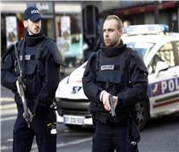 الشرطة الفرنسية تلقي القبض على 5 من «النازيين الجدد» خططوا لتفجيرات إرهابية