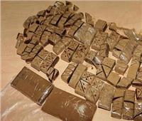 سقوط تاجر حشيش «السيدة الوالدة» في حلوان
