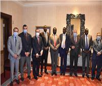 وزير الري ونظيره الجنوب سوداني يختتمان اجتماعات لجنة المشروعات المشتركة