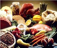 في اليوم العالمي للروماتيزم .. 4 أكلات تحميك من التهاب المفاصل