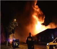 عاجل| فيديو وصور حريق هائل في مبنى بميناء لو هافر الفرنسي