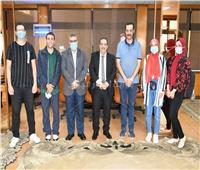 رئيس جامعة قناة السويس يستقبل الطلاب الفائزين ببطولة الاتحاد للرماية