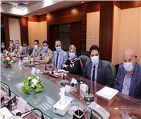 محافظ سوهاج يترأس غرفة العمليات الرئيسية لمتابعة سير انتخابات النواب