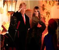 صور وفيديو| ترامب وزوجته يحتفلان بـ«الهالوين» في البيت الأبيض