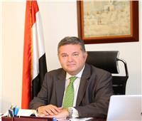 وزير قطاع الأعمال العام يجتمع بممثلي 4 شركات تابعة للغزل والنسيج