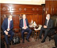 وزير الزراعة يبحث مع سفير بيلاروسيا نقل الخبرات في مجال المعدات