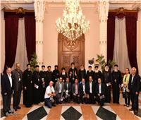 البابا تواضروس يعقد اجتماعًا مع مسؤولي مؤسسة القديس سمعان الخراز بالمقطم