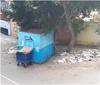 أمسك مخالفة| تراكم القمامة بجانب «كشك عيش» بالمنيل