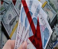 الليرة التركية تواصل سقوطها المدوي أمام الدولار
