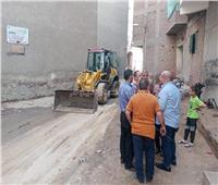 صور| نائب محافظ الجيزة يتفقد مركز البدرشين لمتابعه حاله النظافه