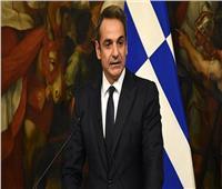 اليونان تقرر إغلاق معظم الحانات والمطاعم لمدة شهر