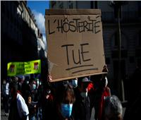 قرار إغلاق وقائي من كورونا في فرنسا يثير الاحتجاج والتمرد