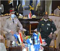رئيس أركان حرب القوات المسلحة يجري مباحثات مع وزير الدفاع السوداني