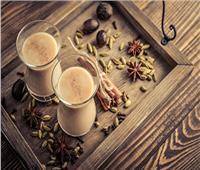 12 فائدة لتناول «القرنفل بالحليب» يوميًا على الريق