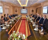 «العربية للتصنيع» و«التخطيط القومي» يبحثان تعميق التصنيع المحلي