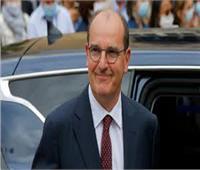 """«رئيس وزراء فرنسا» المتاجر الفرنسية الكبرى ستغلق ممرات المنتجات """"غير الضرورية"""" بسبب كورونا"""