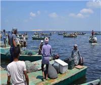 «عرس إنتاجي» في أول أيام الصيد ببحيرة البردويل
