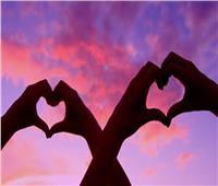 «الدين بيقول إيه؟»| «عيد الحب» جبر خواطر أم «كلام فارغ»