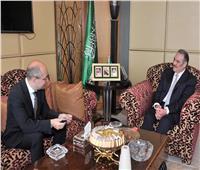 السفير السعودي بالقاهرة يلتقي نظيره المجري