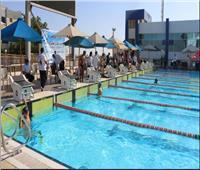محافظ جنوب سيناء يشهد فعاليات بطولة السباحة بالزعانف بشرم الشيخ