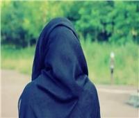 «فتاوى القوارير»  هل يجوز إجبار البنت على الحجاب وقطع النفقة عنها ؟