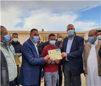 صور| وزير الزراعة يفتتح أعمال تطوير مركز تدريب بحوث الصحراء بمطروح