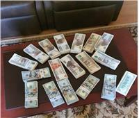 حبس المتهمين بالاتجار في 500 ألف دولار خارج السوق المصرفية