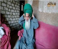 «أتجول بها منذ أربعون عاما».. «عم صالح» يروي حكاية أكبر عمامة
