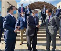 وزير النقل الفرنسي وممثلي 12 شركة يتفقدون العاصمة الإدارية لبحث الفرص الاستثمارية