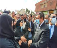 محافظ البحيرة ومدير الأمن يتقدمان جنازة شهيد الشرطة «مجدي سمير حرحش»