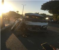 إصابة 7 في انقلاب سيارة ميكروباص بقنا.. صور