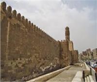 الآثار: اختفاء كشافات إنارة من سور القاهرة الفاطمية