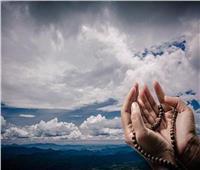 «أبواب السما مفتوحة»| هل يستجاب الدعاء وقت المطر؟