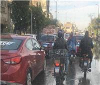 كثافات مرورية بشوارع الجيزة بسبب الأمطار