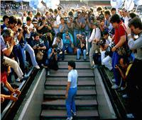 25 نوفمبر.. مارادونا يرحل في نفس تاريخ وفاة زعيمه المفضل