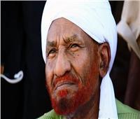 من هو الصادق المهدي رئيس حزب الأمة السوداني الراحل؟