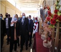 «القباج» تفتتح وحدتي التضامن وبنك ناصر بجامعة الوادي الجديد