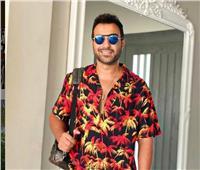 «أحمد فهمي» للراحل «عمرو فهمي»: «هنهديلك البطولة يا صاحبي»