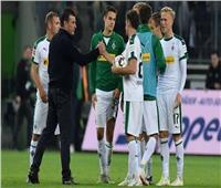 بوروسيا مونشنجلادباخ يفوز على شالكه 4-1 بالدوري الألماني