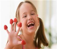 طرق تقوية الميكروبات المفيدة لدى الأطفال.. أبرزها تربية الحيوانات