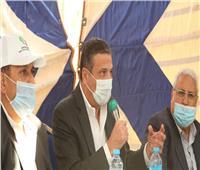رئيس البنك الزراعييبحث تمويل مشروعات المنتفعين بالـ 1.5 مليون فدان