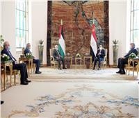 خلال قمته مع أبو مازن.. 5 رسائل من الرئيس السيسي لفلسطين