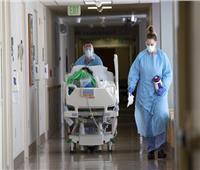 للمرة الأولى .. 100 ألف مريض كورونا بالمستشفيات في أمريكا
