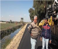الانتهاء من رصف طريق قرية طوخ الخيل بالمنيا